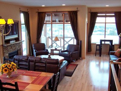 Fireplace, 42in HDTV+PVR, Games Table & Deck on main level - Rockies to the east