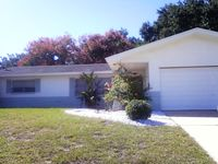 Beautiful home close to downtown Dunedin, beaches, Pinellas trail.