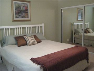 Master Bedroom-King Bed
