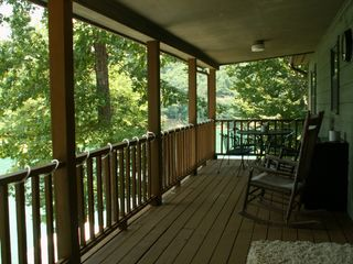 La Follette cottage photo - Lakeside upper deck