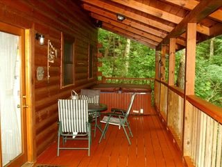 Wears Valley cabin photo - Hot tub, charcoal grill and picnic area to sit back and enjoy a slice of heaven.
