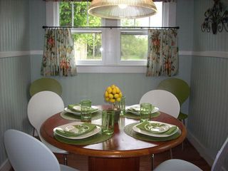 Nashville cottage photo - Quaint breakfast room accented with apple greens and cheerful cafe curtains.