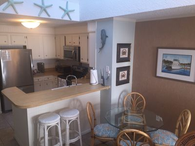 Great Location! Charming, Family-Friendly Condo with OceanView!