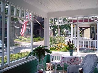 Bar Harbor cottage photo - Front Porch - Wicker Furnishings - Glass Sliders