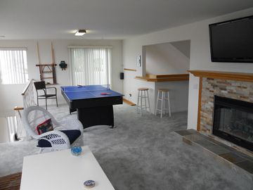 Ping-Pong, Front Deck, LCD TV, Gas Fireplace, and more.