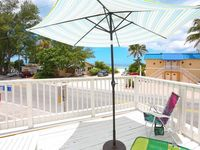 Adorable 1 bd, 1ba upstairs unit, private porch with beach views!