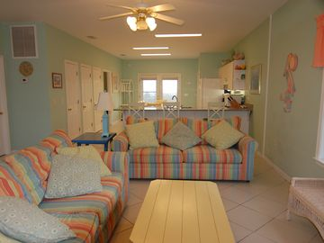 Fort Morgan house rental - Ft Morgan Beach House: Den open front to back. View of water from every room.