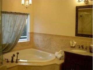 Key Largo house photo - Relax in the jetted tub