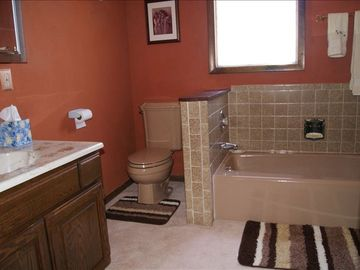 (North Quarter) private bath is loaded with luxury and comforts. Soaps Included.
