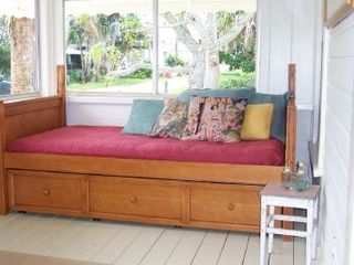 Cortez cottage photo - Enjoy a snooze on the traditional sleeping porch.