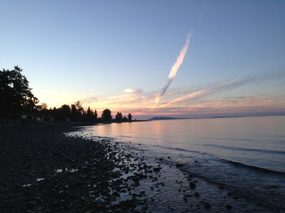 Downtown Qualicum Beach Family Orientated Guest House
