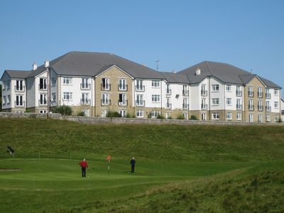 Luxury Brora Sea View Penthouse Apartment Overlooking Golf Course and Sea