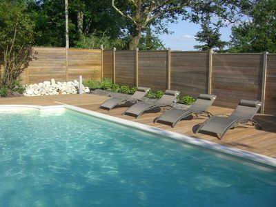 NEAR LAKE AND POOL VILLA WITH GARDEN, TERRACES AND HEATED POOL 28 °