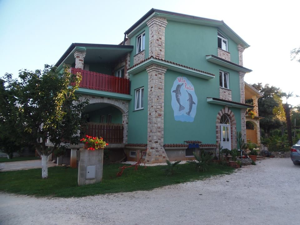 Holiday house 408837