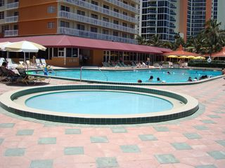 Sunny Isle condo photo - BABY POOL