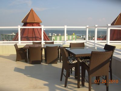 Fully furnished ocean view deck
