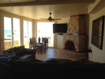 Large Living room with fireplace, 60' Plasma TV, Sat, Vonage phone and WiFi