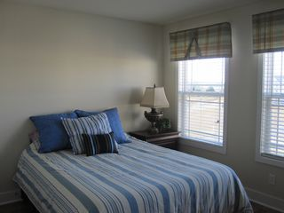 Vacation Homes in Ocean City townhome photo - Queen Size Bedroom