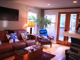 Portland bungalow photo - Adorable, bright bungalow, wide pine floors, gas fireplace and Japanese garden.