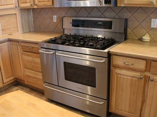 Colorado Springs house photo - Five Burner Stove, 2 Ovens