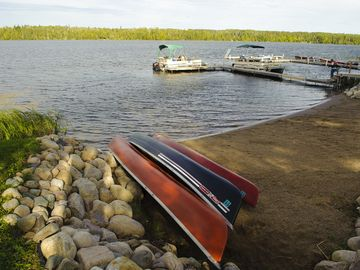 Resort Beach: canoes & kayak are available to you for FREE! Also Hydrobikes.
