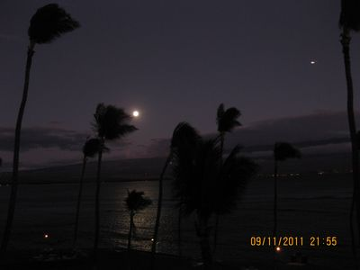 Watch the moon from the lanai cast its silvery shadow across the bay.