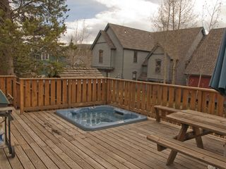 Breckenridge house photo - Private deck with jacuzzi-hot tub, gas grill and picnic table