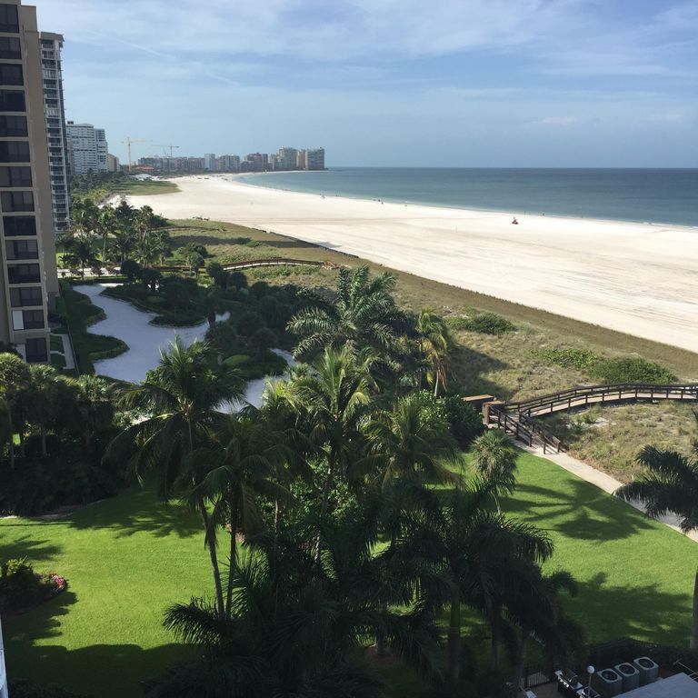 Spectacular Views From This Updated 9th Floor Beachfront Condo!
