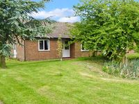 THE BUNGALOW, pet friendly in Cleobury Mortimer, Ref 23186