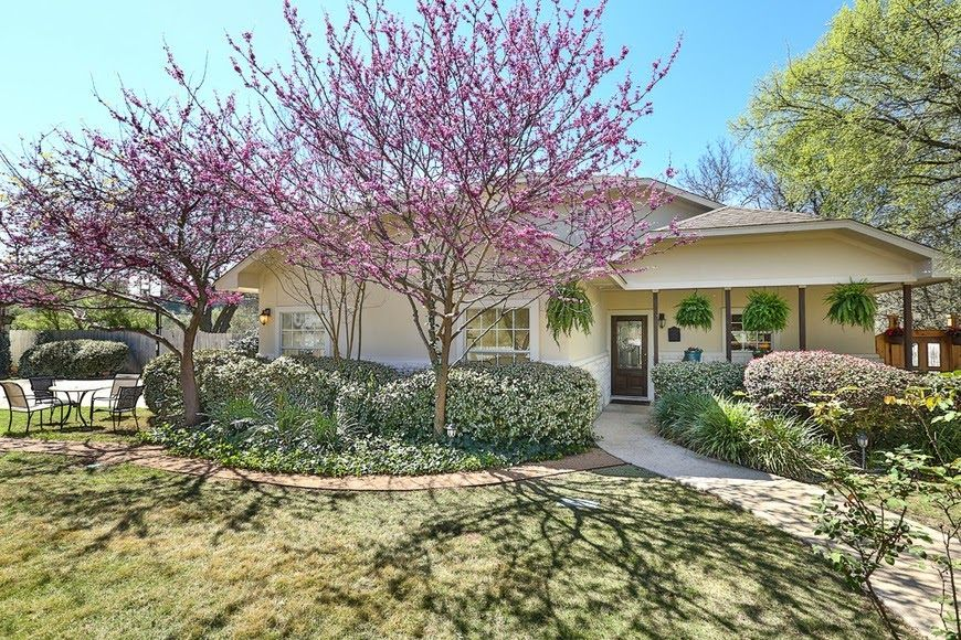 DEC DATES OPEN!  1 block to Lake/ 1 mile to UT Golf Club- **Steiner Ranch**