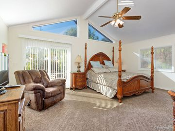 Temecula house rental - Master Bedroom-California King, Vaulted Ceilings, Rocker-recliner, Patio
