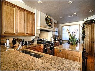 Snowmass Village house photo - KItchen