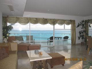 Cancun condo photo - Living Room