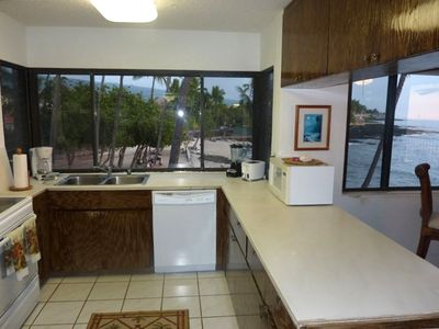 Complete Kitchen with Beach & Ocean Front and Unlimited Views