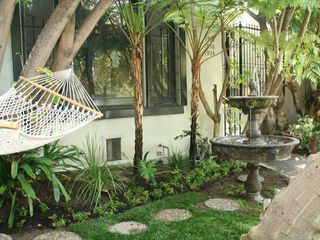 Los Angeles apartment photo - Fountain and Hammock