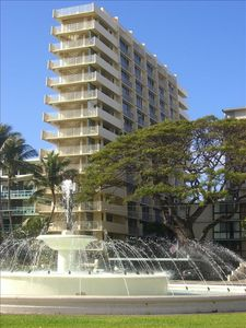 The Diamond Head Beach Hotel & Residences