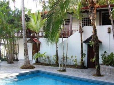 4 Bedroom Beach Home, Large Swimming Pool