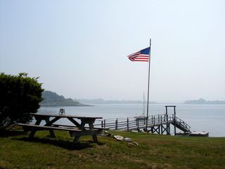 Harpswell house photo - Another view of waterfront with picnic table