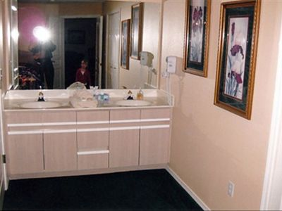 Branson condo rental - View of master bath