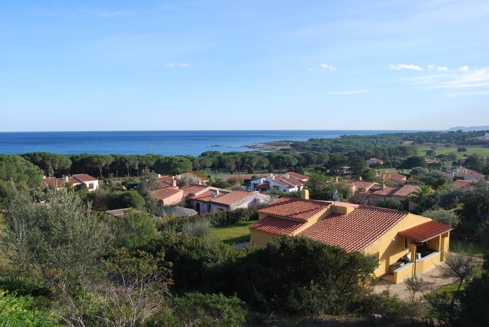 House 70 square meters, close to the sea