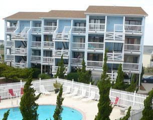 Carolina Beach condo photo