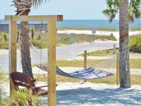 Ocean View Beach House - Steps to the Gulf! Grill Area, Outdoor Shower, WiFi