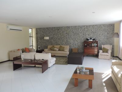 Charming 2 floor house with an amazing view in the heart of Rio.