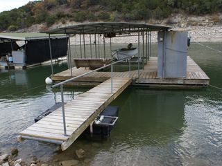 Leander cottage photo - Boat dock with cedar swing