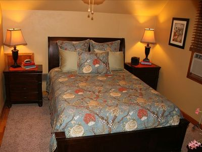 Monroe bungalow rental - Peaceful and pleasant: queen bed ceiling fan and air conditioner.