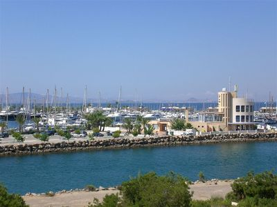 Beautiful ground floor apartment with direct views over the Marina and Mar Menor