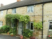Luxury 2 Bedroom Cotswold Cottage