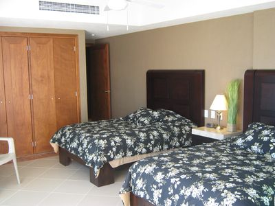 2ed Bedroom with view of the Ocean and Malecon