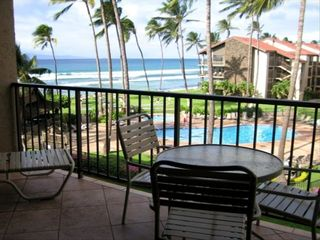 Lahaina condo photo - Private Lanai w/table four chairs, chaise lounge and endless views