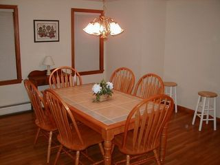 Hyannis - Hyannisport house photo - Kitchen Table
